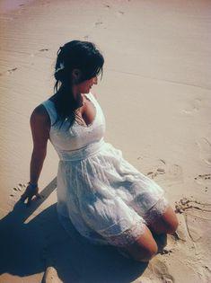NOV 15, 2012 / 1 NOTE Daniela in rochie ei de cununie din matase cu dantela frantuzeasca / ivory french lace dress Atelier BOBAR