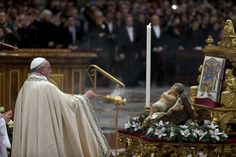 In his homily for a New Year's Eve vespers service, Pope Francis set up a contrast between what he described as the liberation offered by Christ and the slavery imposed by sin.