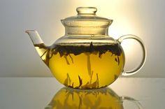 El té catuaba Es un excelente remedio casero para aumentar la libido y disminuir la impotencia sexual masculina, mejorando el rendimiento en la relación. Ingredientes: 40 g de raíz de catuaba. 750 ml de agua. Método de preparación: Para hacer el té, hervir el agua y agregar el 40 g de raíz catuaba y cocine ...