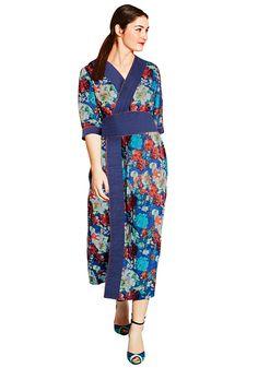sheego Kleid in Wickeloptik mit overall Bedruckung im Asia Style.