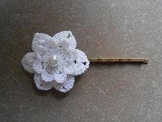 bijoux mariage/pince marriage  fleur RIGIDE en coton au crochet/runlet/crochet hair clips/epingle fleur/accessoire coiffure/Pince à Cheveux