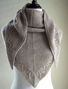 Barley Water Knitting pattern by Melanie Rice - Tricot Pontos Knitting Blogs, Arm Knitting, Knitting Stitches, Knitting Projects, Christmas Knitting Patterns, Knit Patterns, Garnstudio Drops, Point Mousse, Paintbox Yarn