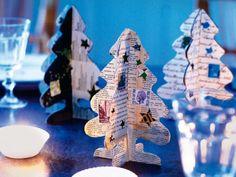 Mit dem selbst gemachten Papier-Tannenbäumchen verzaubern Sie sich und Ihren Gästen die Weihnachtszeit! http://www.fuersie.de/wohnen/deko-ideen/download/papiertanne-bastel-anleitung