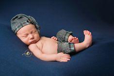 Newborn boy photography inspiration - EasleyLifePhotography | Conway, AR Newborn photographer