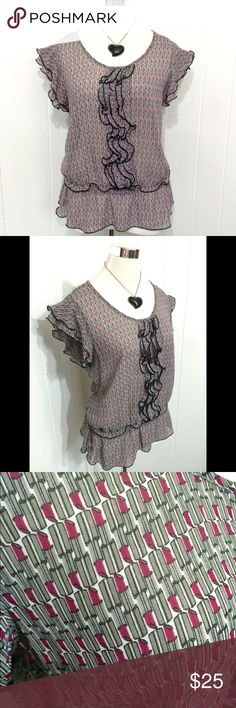 Lipstick Print Ruffle Blouse XL New with tags. Adorable lipstick print. Flutter sleeves. Ruffles and a fitted waist. Such a cute top! Worthington Tops Blouses