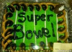 15 Cake Fails: When Inscriptions Go Wrong - Proud Pops
