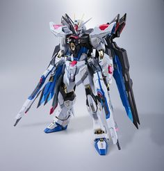 Crunchyroll - Gundam Seed Destiny - Strike Freedom Gundam Metal Build Figure