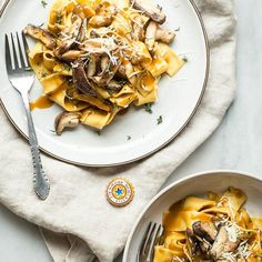 Shiitake Mushroom Pasta With Brown Ale Sauce. Get this and 60+ more Mushroom #recipes at https://feedfeed.info/mushrooms?img=1412276 #feedfeed