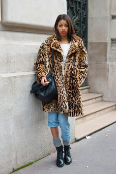How to Wear Socks with Heels—the Street Style Way | StyleCaster Mens Fashion Week, Fashion 101, Star Fashion, Winter Fashion, Fashion Outfits, Fashion Ideas, Leopard Print Coat, Student Fashion, Vintage Coat