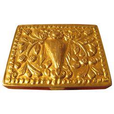 powder box in gilt-bronze by Line Vautrin, signed