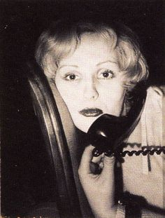 Candy Darling 1973 © Robert Mapplethorpe Candy Darling, Still Life Images, Robert Mapplethorpe, Paint Photography, 1d Imagines, 3d Typography, Celebrity Portraits, Flower Images, Andy Warhol