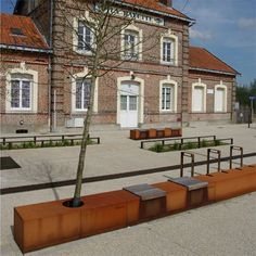STREETLIFE Solid Seat Strips. Using With the CorTen Seat Strips in combination with the Solid Hardwood Seatings, it is possible to install a long CorTen strip. Several functions, such as bench, waste bin, bicycle parking and greenery, can be incorporated in a single strip-shaped element