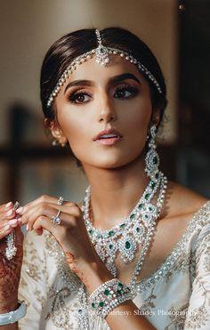 bridal makeup ideas , bridal makeup images , bridal makeup elegant , bridal makeup , bridal makeup brides , bridal makeup indian wedding White Gold Bridal Jewellery, Bridal Jewelry Sets, Bridal Sets, Wedding Jewelry, Indian Jewelry Earrings, Diamond Jewelry, Gold Jewelry, Jewelery, Wedding Chura
