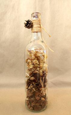 Garrafa de Vidro Reciclado com Flores Secas by ProducoesCoracao