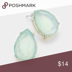 "Lt. blue rhodium crystal teardrop stud earrings Cute! Similar to Kate Spade. .5""x.7"", post back. Happy to answer questions. Thanks for shopping! Wona Jewelry Earrings"
