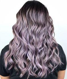"""420 """"Μου αρέσει!"""", 11 σχόλια - Gabby Hairstylist Barber (@lady_leche) στο Instagram: """"To book your appointment TEXT (562) 567-0976 #DTLA #Balayage #Ombre #HairPainting #Highlights…"""""""