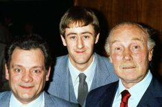 David Jason, Nicholas Lyndhurst & Lennard Pearce from the same year that Lennard sadly died - Only Fools And Horses British Humor, British Comedy, British Actors, David Jason, Jason Nicholas, Durham Museum, Father Ted, Only Fools And Horses, Classic Comedies