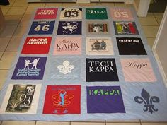 TSHIRT QUILTS!!!!  yep, I know what I'll be working on over Christmas break!