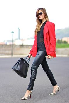 Red, leather and leopard http://marilynsclosetblog.blogspot.com.es/2014/03/red-leather-leopard.html