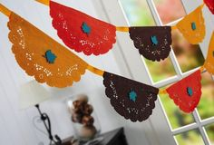 Mod Podge Thanksgiving Doily Banner DIY - easily done for any occasion!