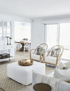 Neutral living room with layers of texture for a cozy seating space. Hamptons Living Room, Coastal Living Rooms, Home Living Room, Interior Design Living Room, Living Room Designs, Living Room Decor, Bedroom Decor, Lounge Outfit, Ibiza
