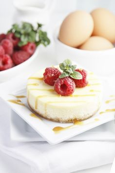 Mini Raspberry Caramel Cheesecakes recipe by Bell'alimento
