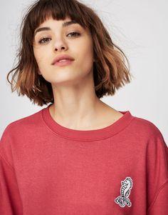 Pull&Bear - mulher - teen girls collection - sweatshirts - sweatshirt com remendo e cavalo marinho - morango - 05292316-V2017