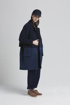 Reality Studio, Rainer coat