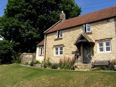 Kissing Gate Cottage, a romantic self catering holiday hideaway