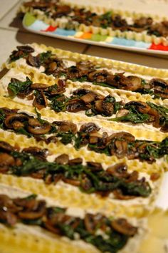 These spinach and mushroom lasagna rolls are a fun way to switch up a classic, family meal! Less layering, and great for bulk-cooking meals, plus highly customizeable. Spinach Mushroom Lasagna, Spinach Lasagna Rolls, Spinach Stuffed Mushrooms, Lasagna Rolls Recipe, Cheese Lasagna, Lasagna Recipes, Lasagna Soup, Recipes Dinner, Vegetarian Recipes