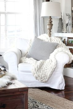 Chunky Knit Throw Blanket - Rooms For Rent blog