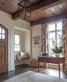 Beautiful wood details in this pretty entryway