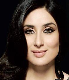 Weird Facts, Crazy Facts, Kareena Kapoor Saree, Karena Kapoor, Dumbbell Fly, Glamour Makeup, Katrina Kaif, Beautiful Celebrities, Actors & Actresses
