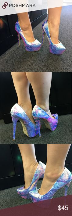 UNICORN / MERMAID heels ✨✨ Unicorn / mermaid heels. See all pics for wear ! Open to offers!! worn once bertinni Shoes Platforms