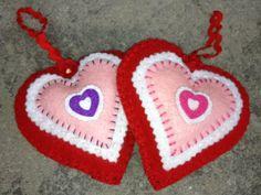 Valentine Heart Felt Ornament, www.etsy.com/shop/patsfabriccreations