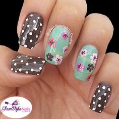 What an unusual combo design but I love it! Perfectly applied nail polish. This is what a manicure should look like. Beautiful!