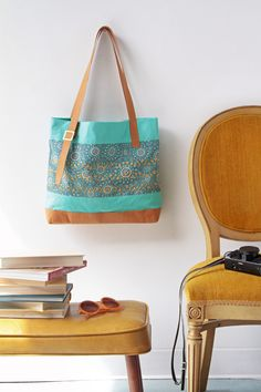 Modernista Tote Bag | FREE project from Bernina