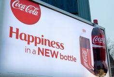 """Volumétrico 3d """"Happiness in a NEW bottle"""" COCA COLA en Medios OOH. Hecha un vistazo:http://www.efectimedios.com/htm/contenido.php?pid=0&id=6&bid=243"""