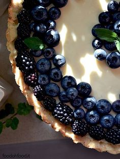 Mascarpone and white chocolate tart with black and blueberries