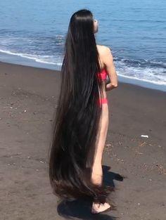 xyz ~ 99473771 VIDEO - Japanese bikini Rapunzel in 2020 Really Long Hair, Super Long Hair, Beautiful Long Hair, Gorgeous Hair, Long Black Hair, Dark Hair, Red Hair, Brown Hair, Long Indian Hair