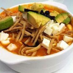 Sopa de tortilla exquisita - See Tutorial and Ideas Authentic Mexican Recipes, Mexican Food Recipes, Healthy Recipes, Soup Recipes, Cooking Recipes, I Love Food, Good Food, Yummy Food, Mexican Tortilla Soup