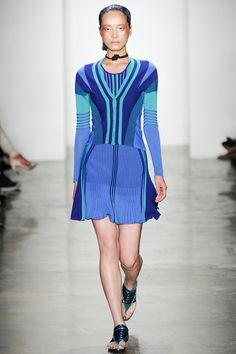 Another flippy skirt with gorgeous color saturation. Ohne Titel #ohnetitel #nyfw #spring2014