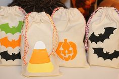 Halloween is right around the corner there are tons of great kids' crafts out there to make. Check out these cute Halloween treat bags. These bags are made using products from the new Martha Stewart craft line. These would make great goodie bags for a kid's class, or a great way to hand out trick or treat candy.