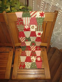 Kindred Quilts - simple tumbler table runner from a charm pack.