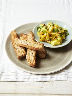 Want to get bikini-ready for summer without crash-dieting? Try these three healthy yet yummy recipes from The Bikini Diet Fresh tuna goujons with pineapple salsa Healthy Eating Habits, Healthy Cooking, Healthy Living, Diet Recipes, Healthy Recipes, Yummy Recipes, Diet Meals, Amazing Recipes, Healthy Meals