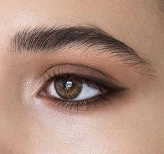 Natural Makeup: elongating the eyes with eyeliner or dark eyeshadow Natural Makeup: elongating the eyes with eyeliner or dark eyeshadow - Schönheit von Make-up Makeup Goals, Makeup Inspo, Makeup Inspiration, Makeup Tips, Makeup Tutorials, Makeup Ideas, Makeup Designs, Makeup Basics, Makeup Hacks