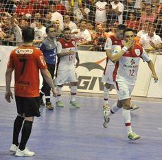 Blog Esportivo do Suíço:  Falcão faz 2 e Sorocaba abre vantagem na semi da Liga Futsal