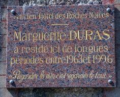 Marguerite Duras, Recherche Google, Chalkboard Quotes, Art Quotes, Black People