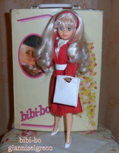 Onun giysileri bibi-bo, zarif ve romantik! הבגדים שלה bibi-bo הוא אלגנטי ורומנטי! Haar kleren bibi-bo is elegant en romantisch! A ruhái bibibo elegáns és romantikus!