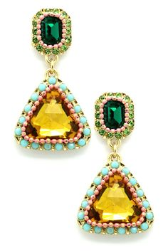 love these statement earrings!!!